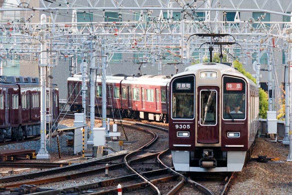 阪急京都線運転見合わせ遅延
